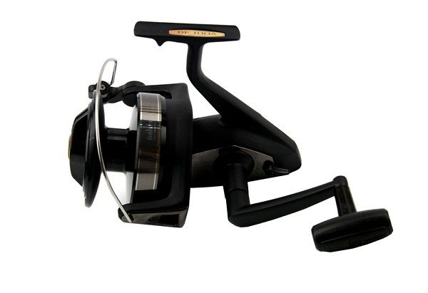 Daiwa DF100A Giant Spinning Fishing Reel 3