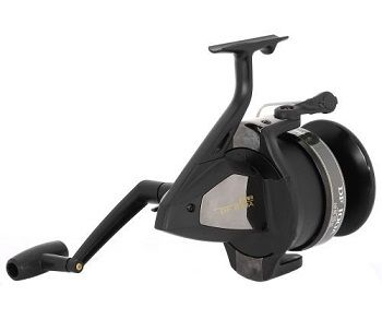 Daiwa DF100A Giant Spinning Fishing Reel 4