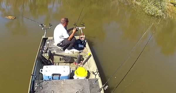 Learn How to River Fish for Crappie Fast-Tips