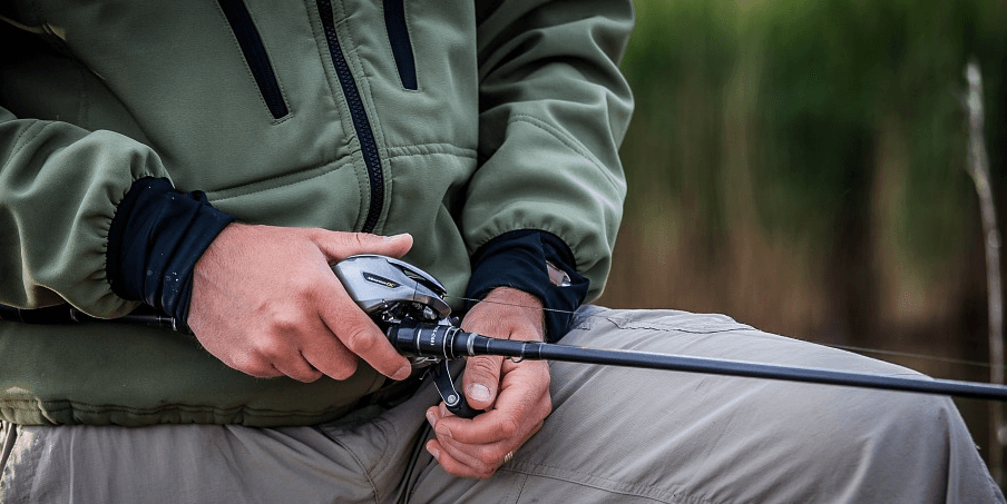 how to grip a fishing rod